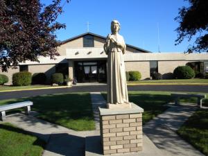 elizabeth statue